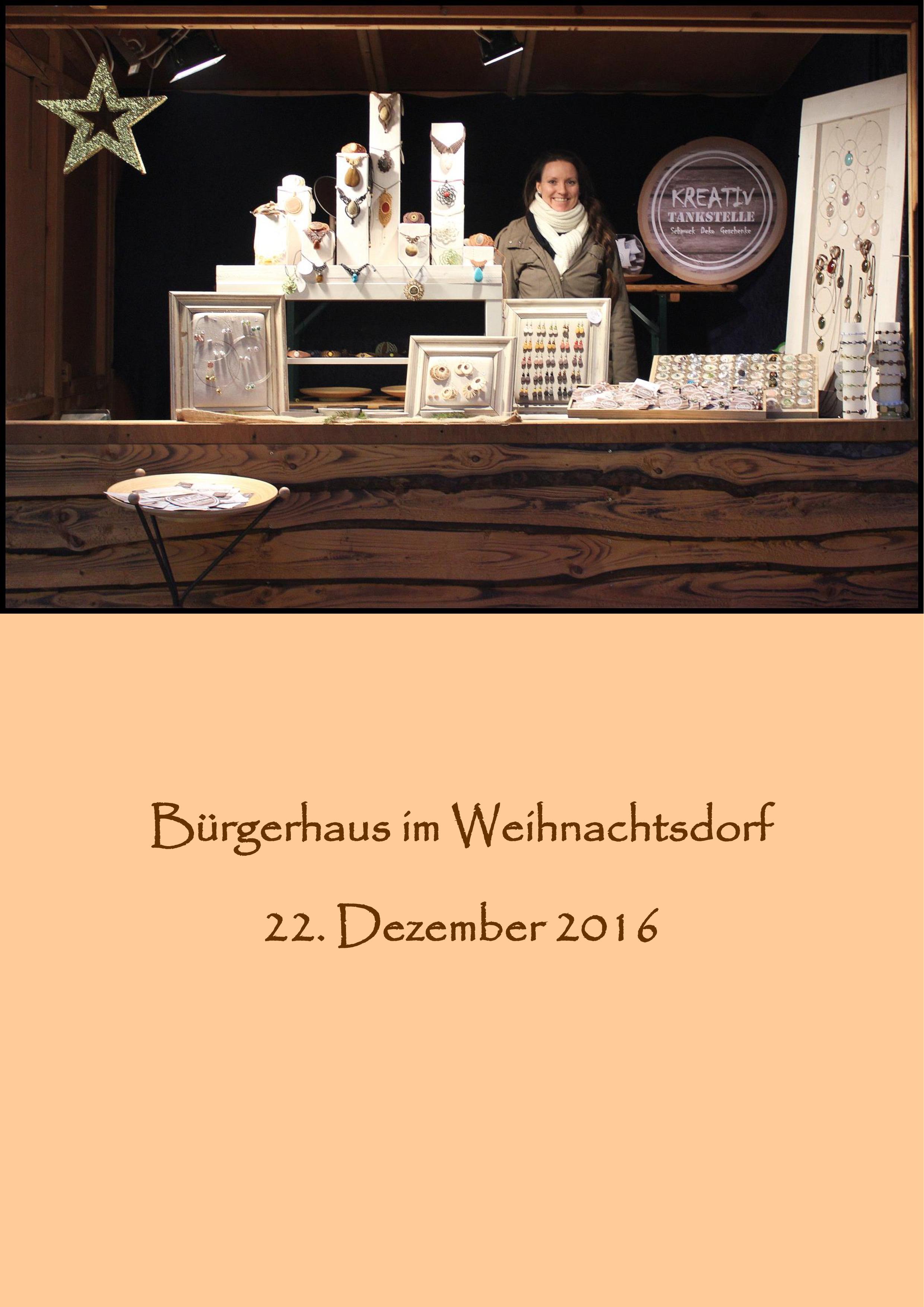 Bürgerhaus im Weihnachtsdorf